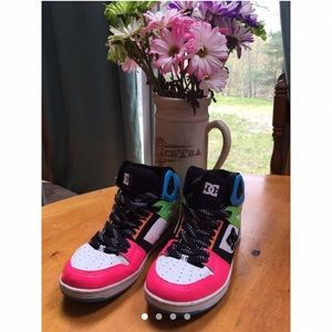 Colorful DC skate sneakers 🤩